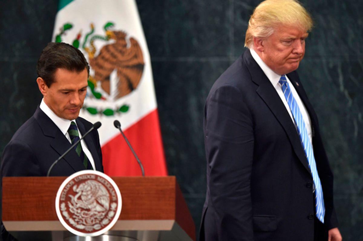 Donald Trump  and Mexican President Enrique Pena Nieto  (Getty/Yuri Cortez)