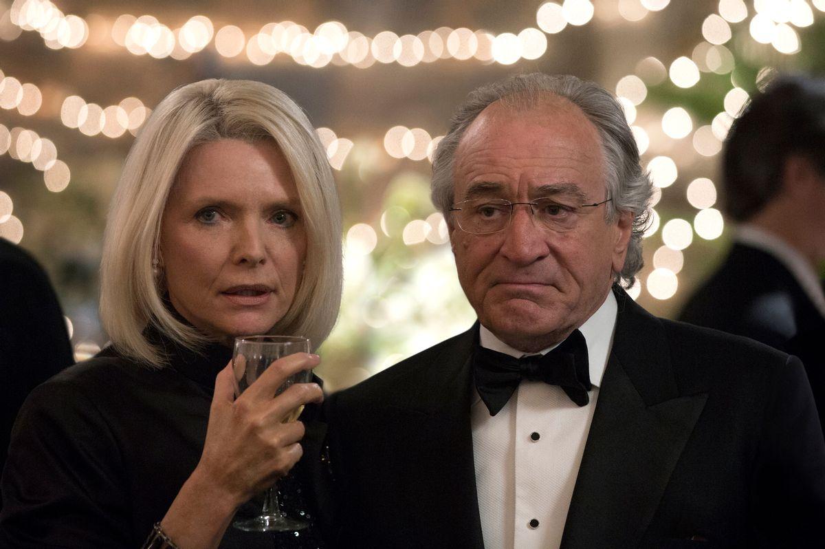 "Michelle Pfeiffer and Robert De Niro in ""The Wizard of Lies"" (Craig Blankenhorn/courtesy of HBO)"