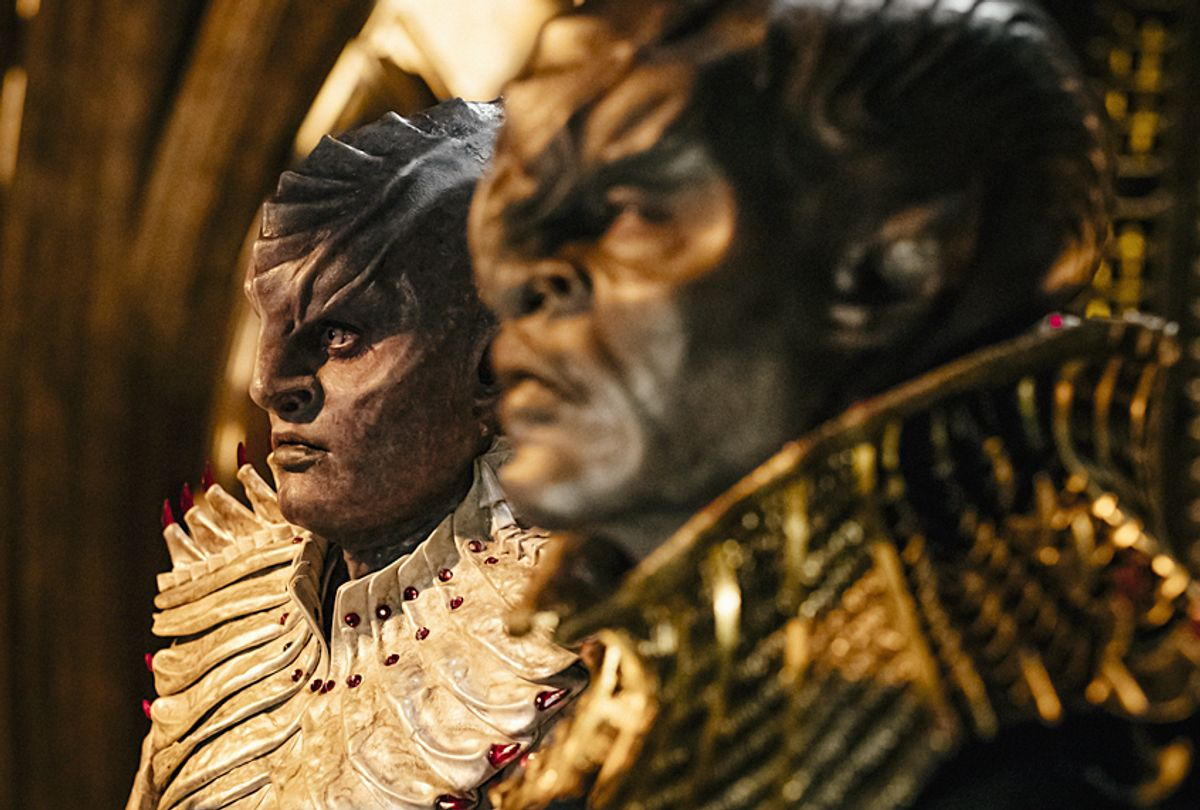 """Mary Chieffo and Chris Obi in """"Star Trek: Discovery"""" (CBS/Jan Thijs)"""