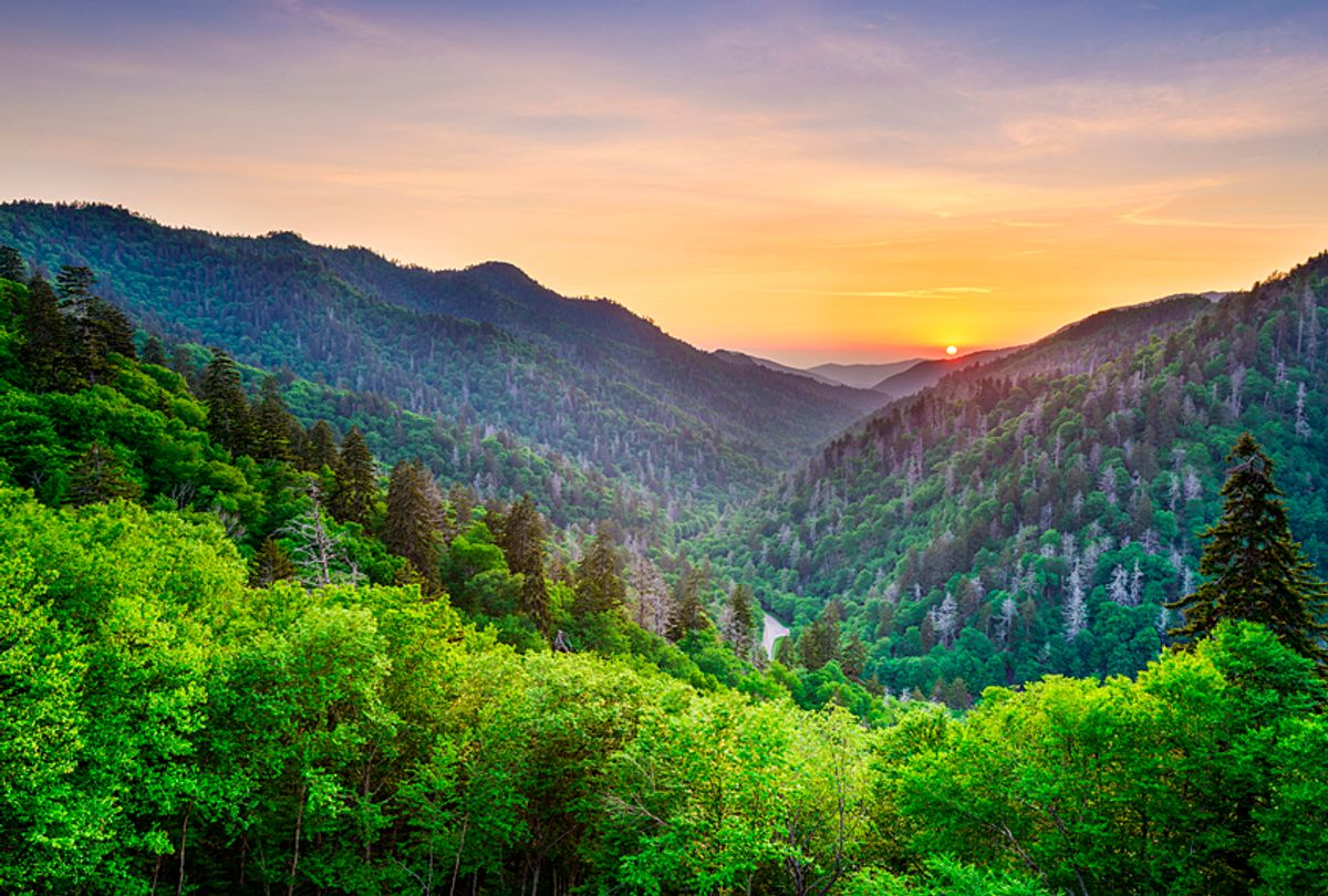 Smoky Mountains in Tennessee (Getty/SeanPavonePhoto)