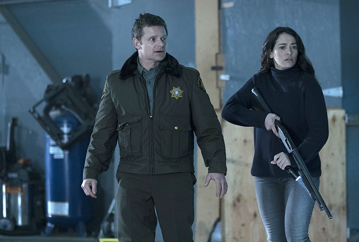 """Steve Zahn and Natalie Martinez in """"The Crossing"""" (ABC)"""
