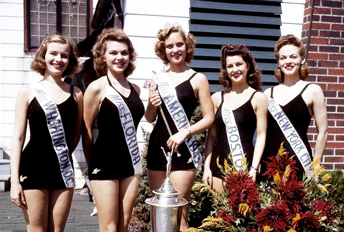 Miss America of 1943 Jean Bartel, center, poses with finalists of the Miss America pageant in Atlantic City, N.J., Sept. 11, 1943. (AP Photo)