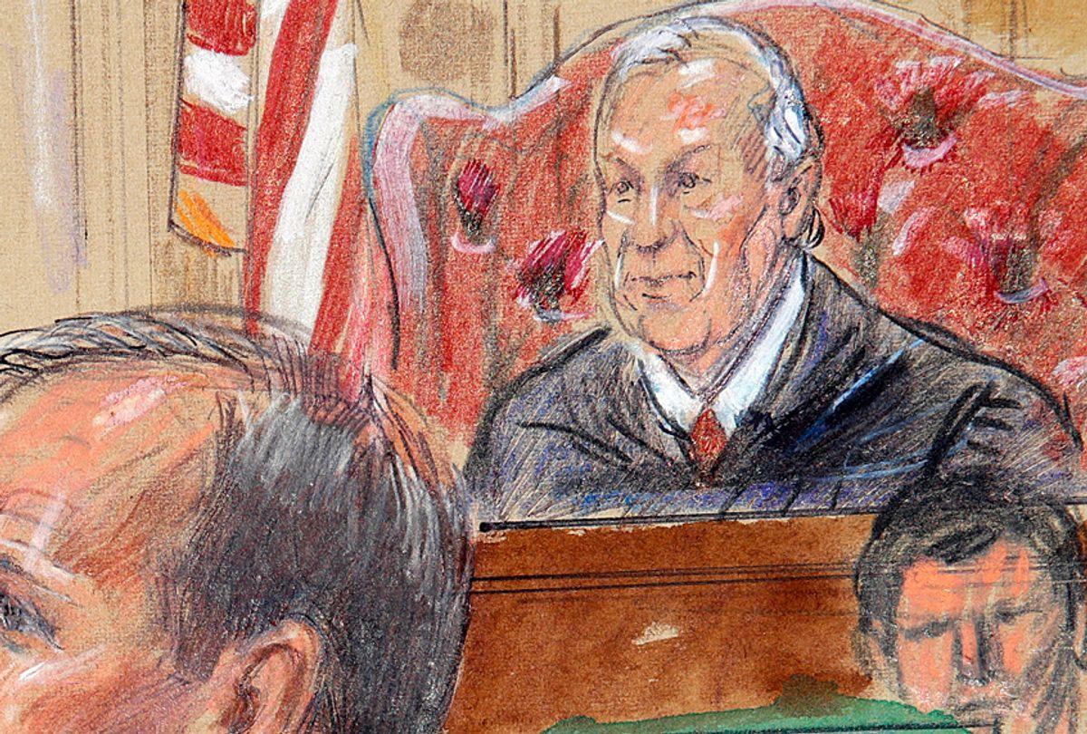 Courtroom sketch of Judge T.S. Ellis III presiding over the trial of Paul Manafort, August 7, 2018. (Dana Verkouteren via AP)