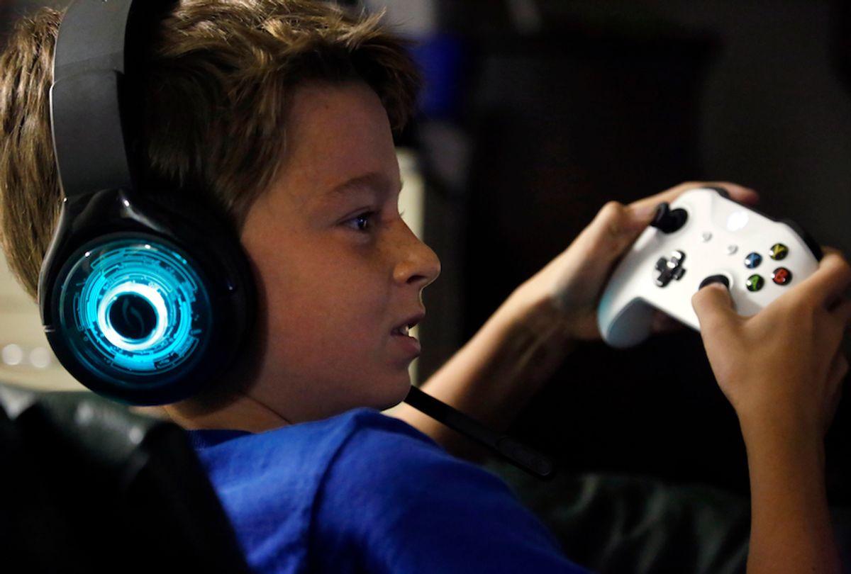Fortnite Game Common Sense Media How My Kid Found Friends On Fortnite Salon Com