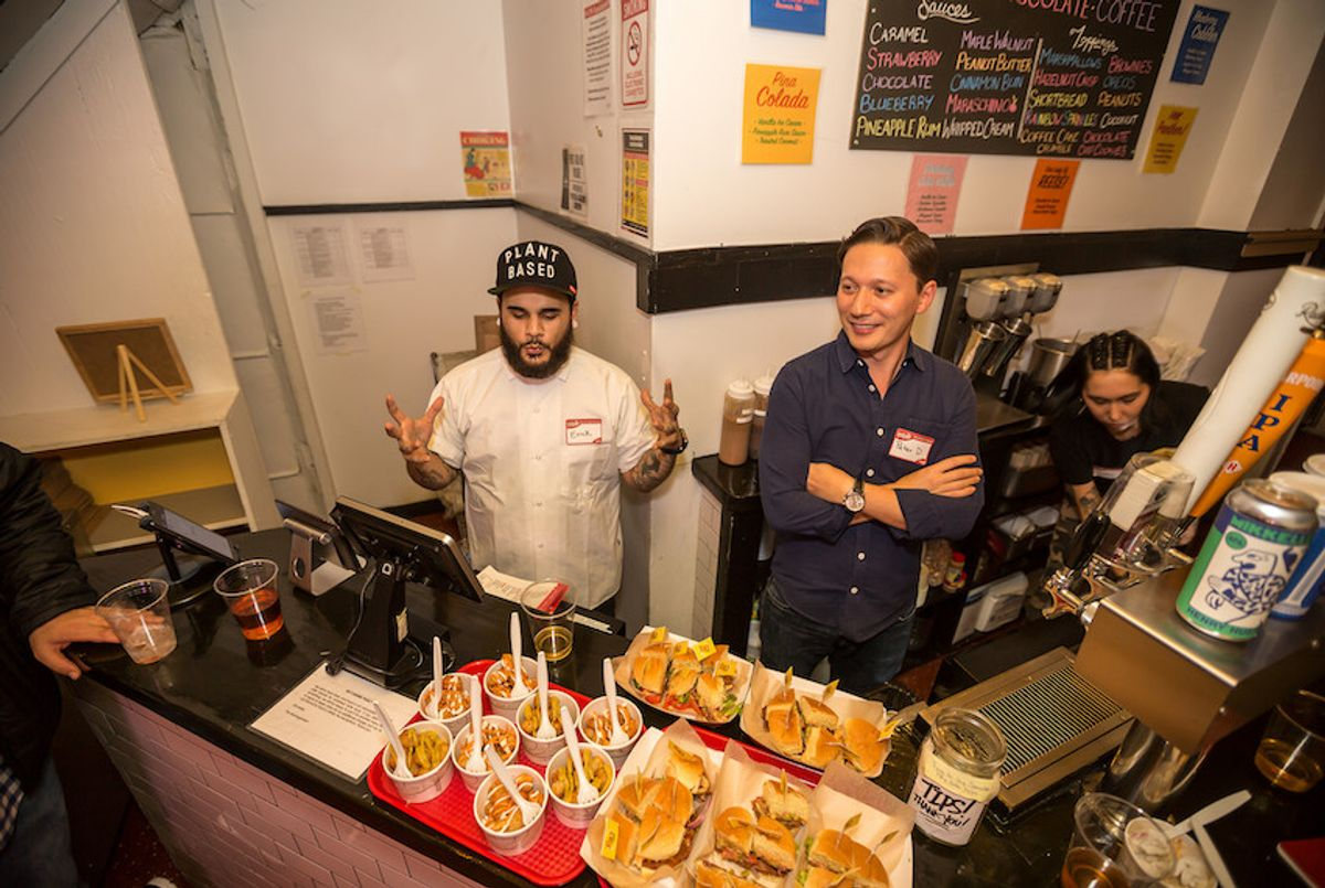 A Yelp event at Rip's Malt Shop in Brooklyn, New York, which serves vegan comfort food, including plant-based proteins produced by Beyond Meat and Field Roast. (Yelp Inc./Flickr)