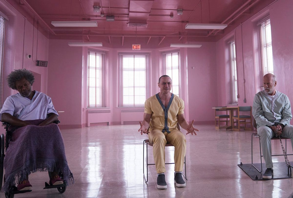 """""""Glass"""" (Universal Pictures)"""