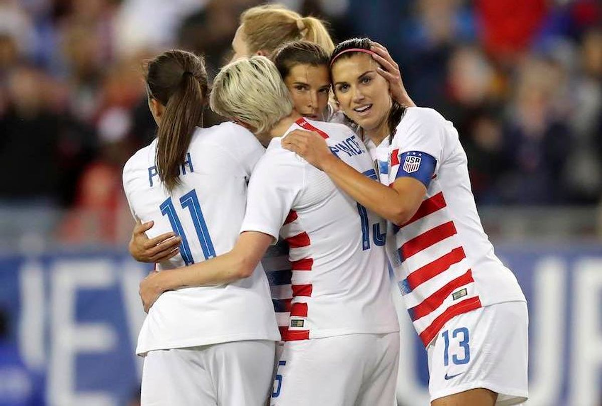 United States' Tobin Heath, second from right, is congratulated on her goal by Mallory Pugh (11), Megan Rapinoe and Alex Morgan (13) during the first half of a SheBelieves Cup soccer match against Brazil in Tampa, Fla.  (AP/Mike Carlson)