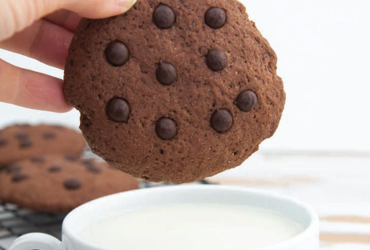 Soft-Baked Chocolate Cookies (Skyhorse Publishing)