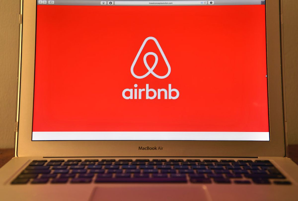 LONDON, ENGLAND - AUGUST 03:  The Airbnb logo is displayed on a computer screen on August 3, 2016 in London, England.  (Photo by Carl Court/Getty Images) (Carl Court/Getty Images)