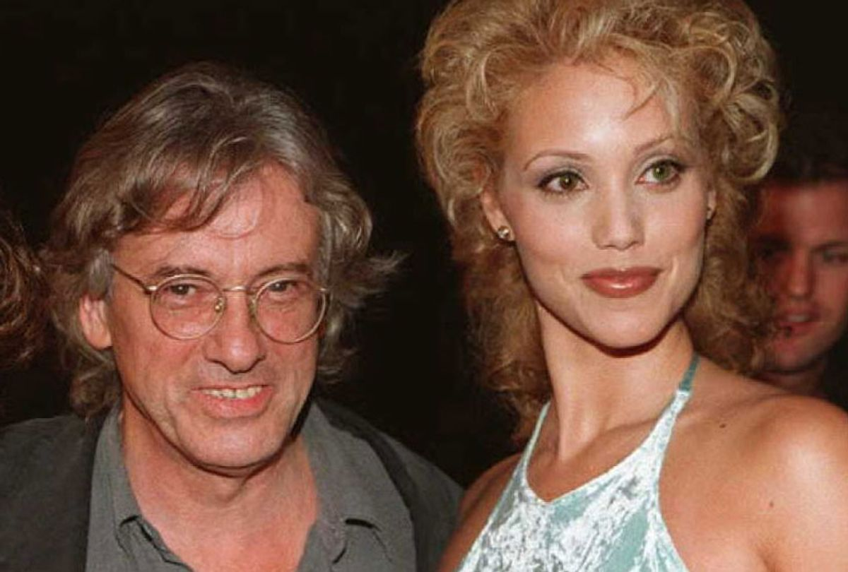 """Director Paul Verhoeven and actress Elizabeth Berkley at the 21 September premiere of """"Showgirls"""" in Beverly Hills, California. (Getty/Vince Bucci)"""