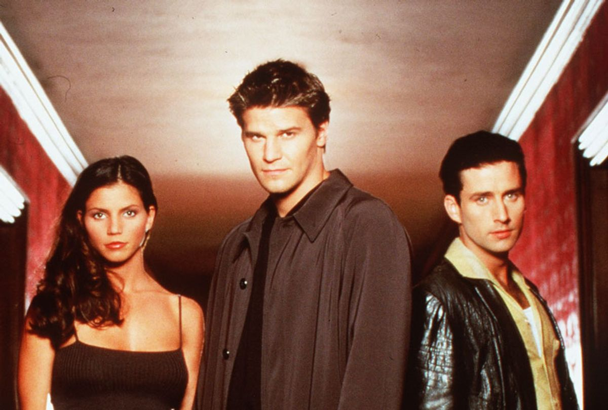 """Charisma Carpenter, David Boreanaz, And Glenn Quinn Star In The Tv Show """"Angel."""" (Photo By Getty Images)"""
