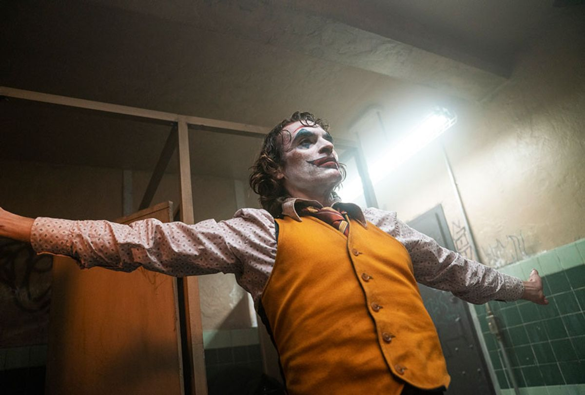 """JOAQUIN PHOENIX as Arthur Fleck in Warner Bros. Pictures, Village Roadshow Pictures and BRON Creative's """"JOKER,"""" a Warner Bros. Pictures release. (Warner Bros. Entertainment/Niko Tavernise)"""