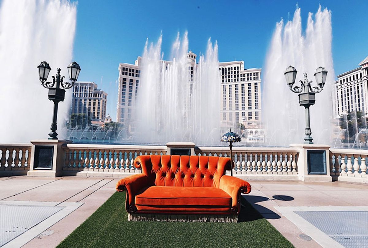 Friends couch and fountain (Steven Baffo / 2019 Warner Bros. Entertainment Inc.)