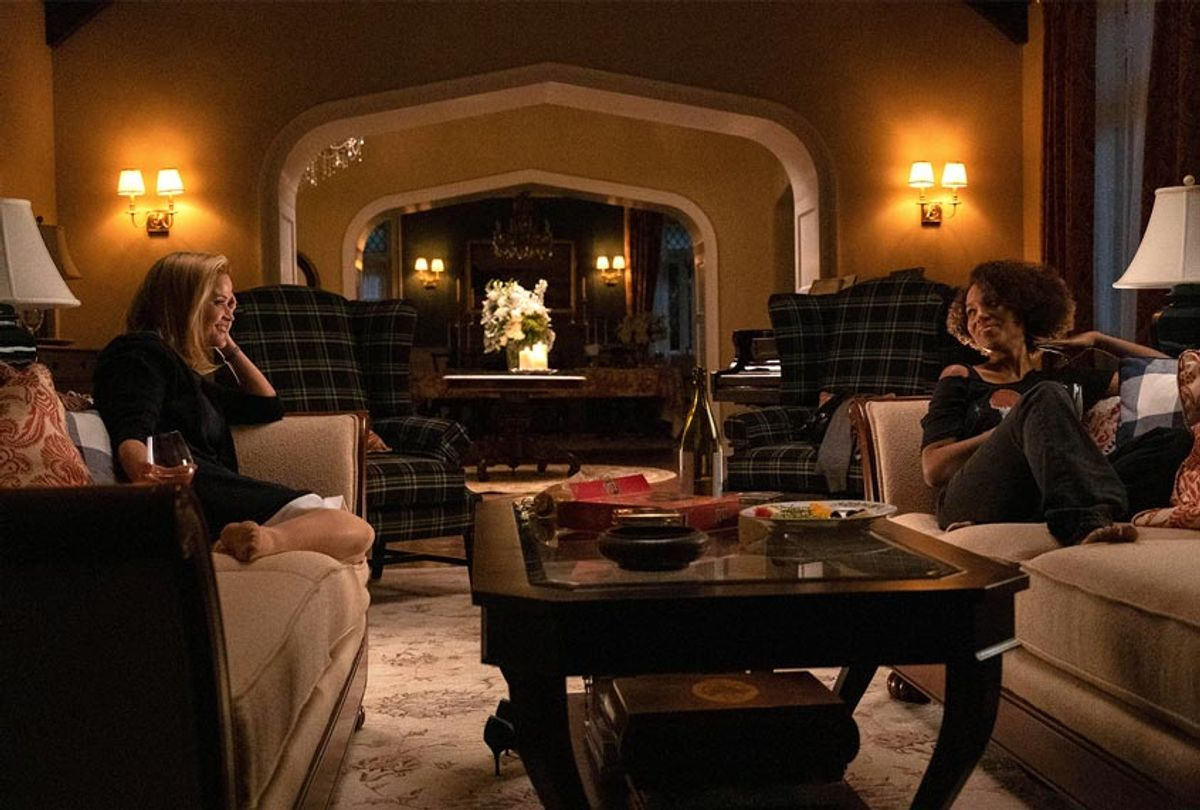 """Reese Witherspoon and Kerry Washington in """"Little Fires Everywhere""""  (Hulu)"""
