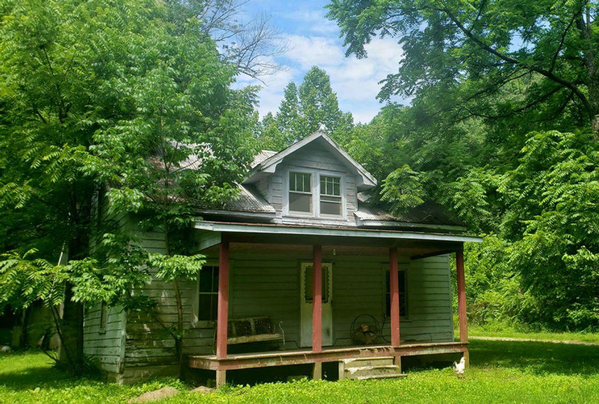 Bobi's Granny's house (Bobi Conn)