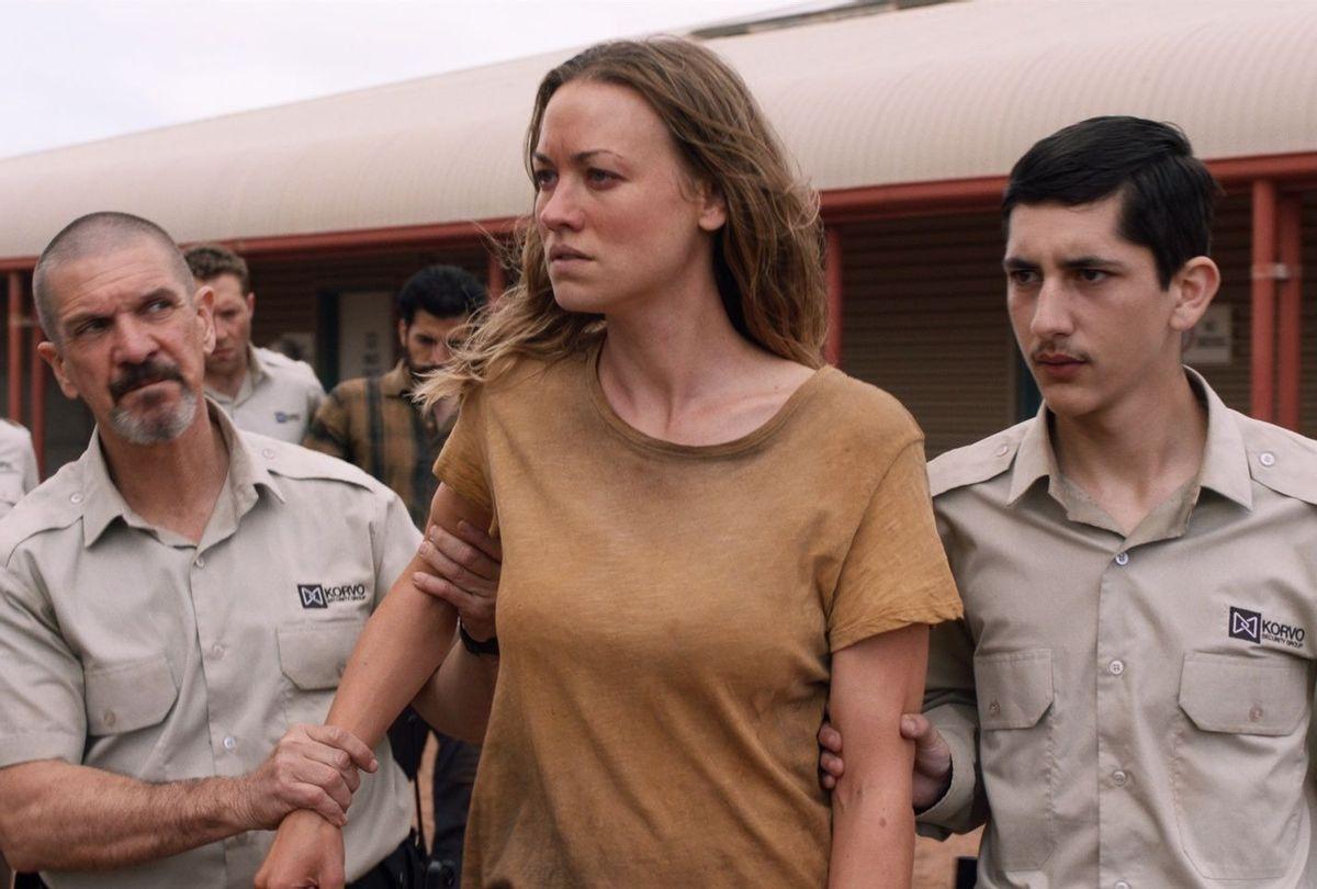 """Yvonne Strahovski in """"Stateless"""" (Netflix)"""