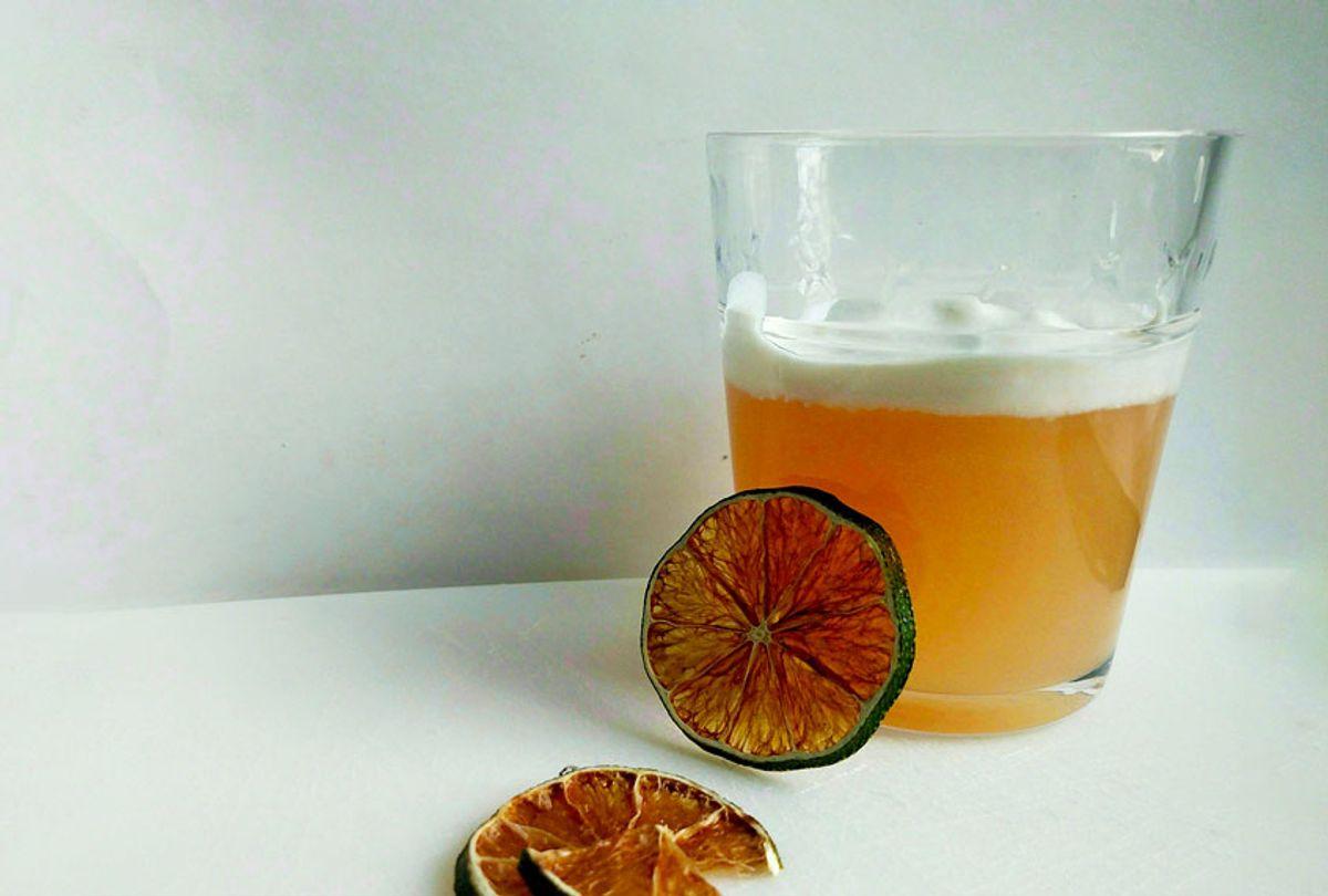 Vegan grapefruit gin fizz (Ashlie Stevens)