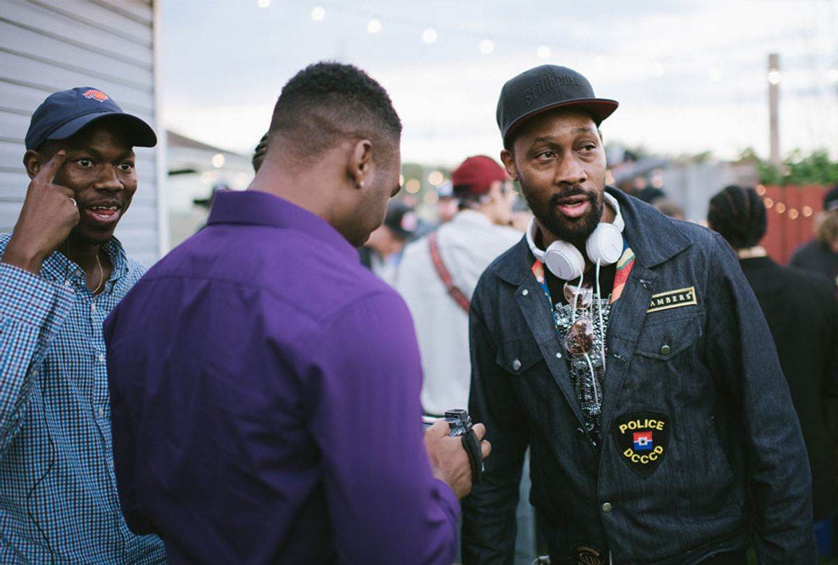 """RZA directing the film """"Cut Throat City"""" (Well Go USA Entertainment)"""