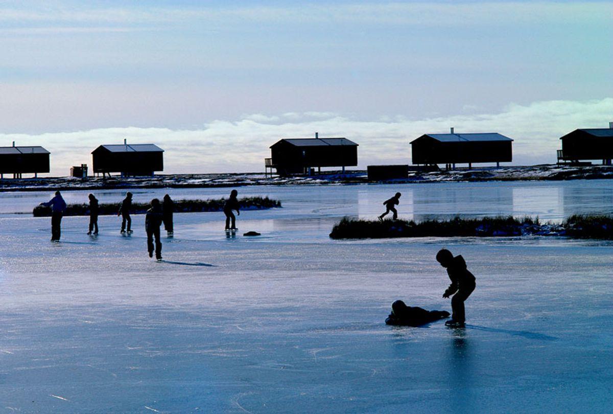 Inuit Eskimo Village in Alaska (Getty Images/Jim Simmen)