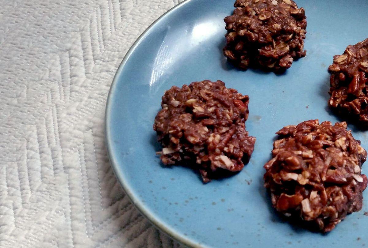 Chocolate espresso no-bake cookies (Ashlie Stevens)