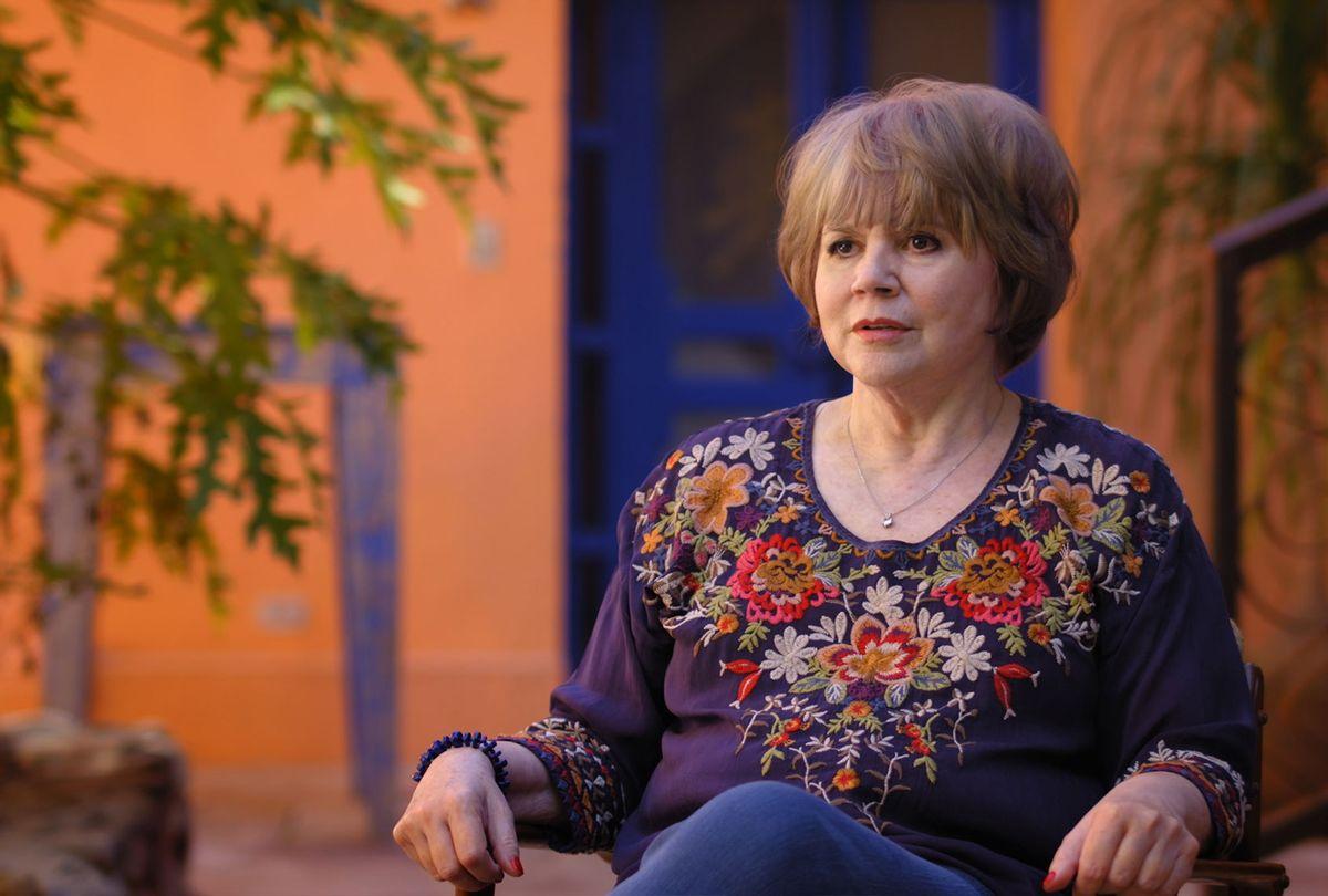 "Linda Ronstadt in ""Linda and the Mockingbirds"" (HBO Max / Shout! Studios)"