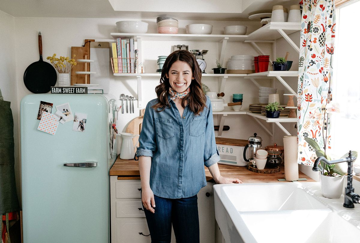 """Molly Yeh in """"Girl Meets Farm"""" (Food Network)"""