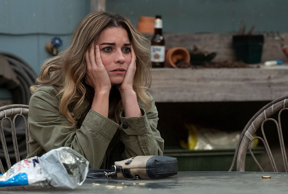"""Annie Murphy in """"Kevin Can F**k Himself"""" (AMC)"""
