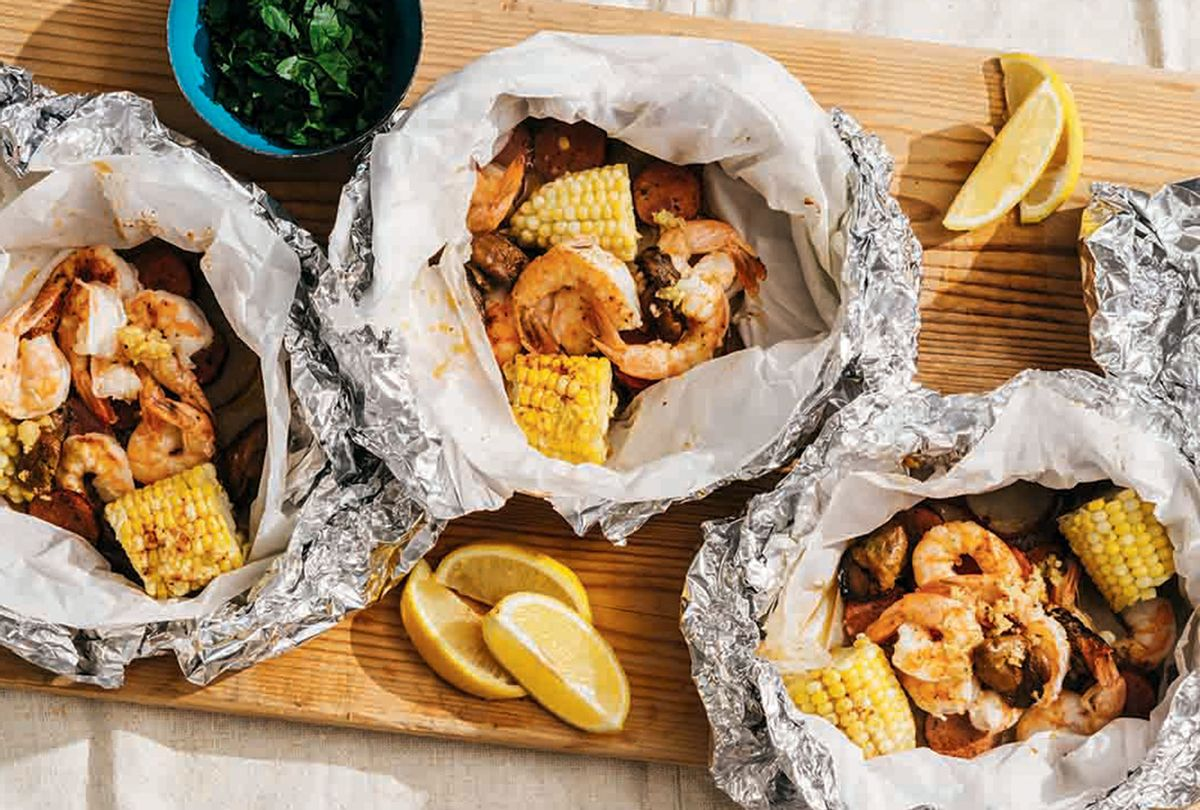 Shrimp and Corn Clambake (Michael Piazza for Yankee Magazine)