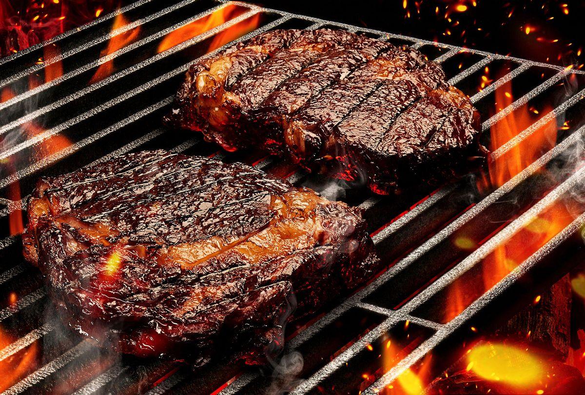Steak on the BBQ (Getty Imagess/Sergey Nazarov)