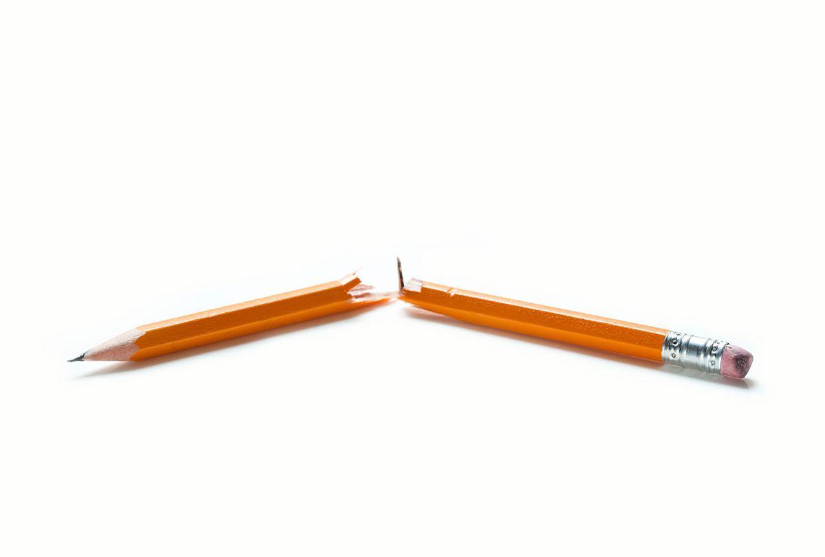 Broken Pencil (Getty Images/Maciej Toporowicz)