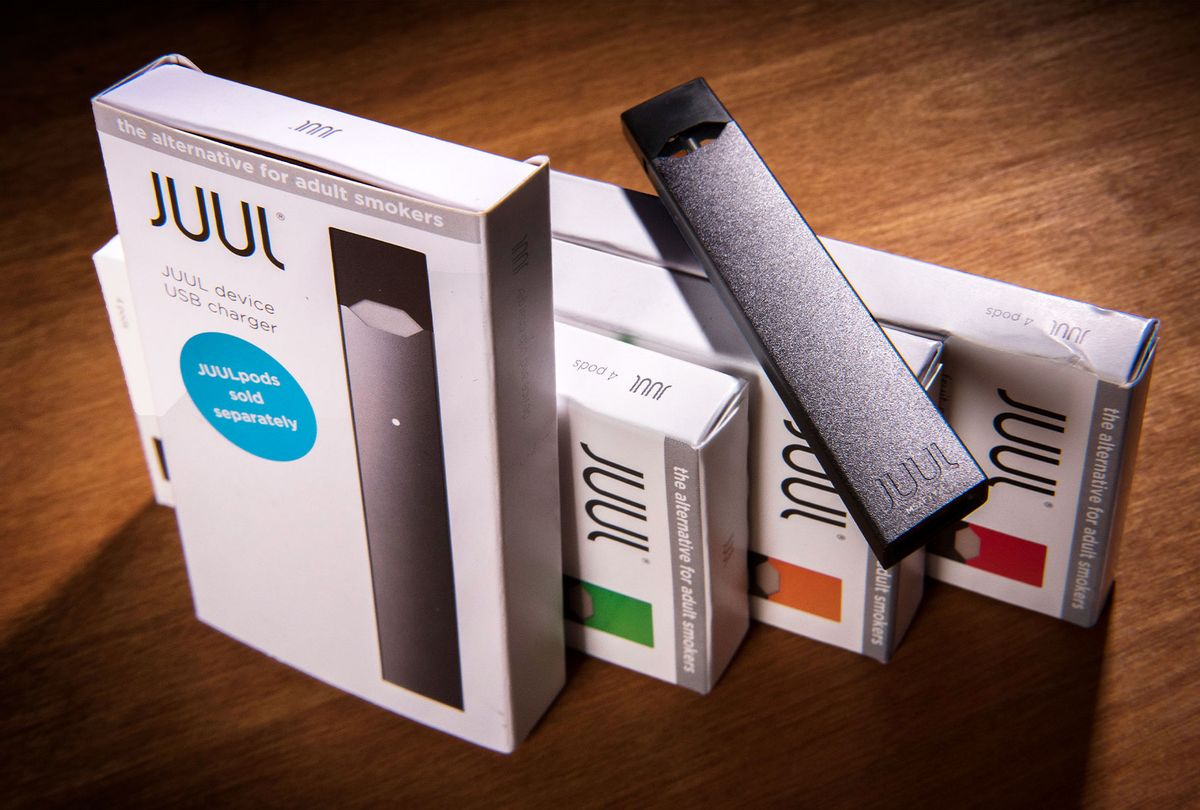A Juul vaping system with accessory pods in varying flavors (Bill O'Leary/The Washington Post via Getty Images)