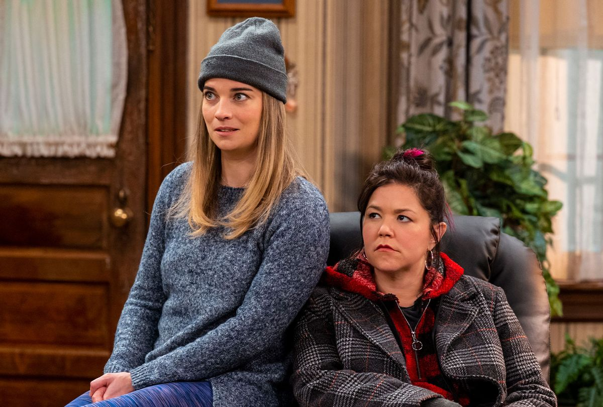 """Annie Murphy as Allison, Mary Hollis Inboden as Patty in """"Kevin Can F*** Himself"""" (Jojo Whilden/AMC)"""