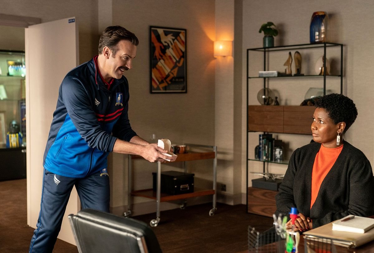 """Jason Sudeikis and Sarah Niles in """"Ted Lasso"""" (Apple TV+)"""