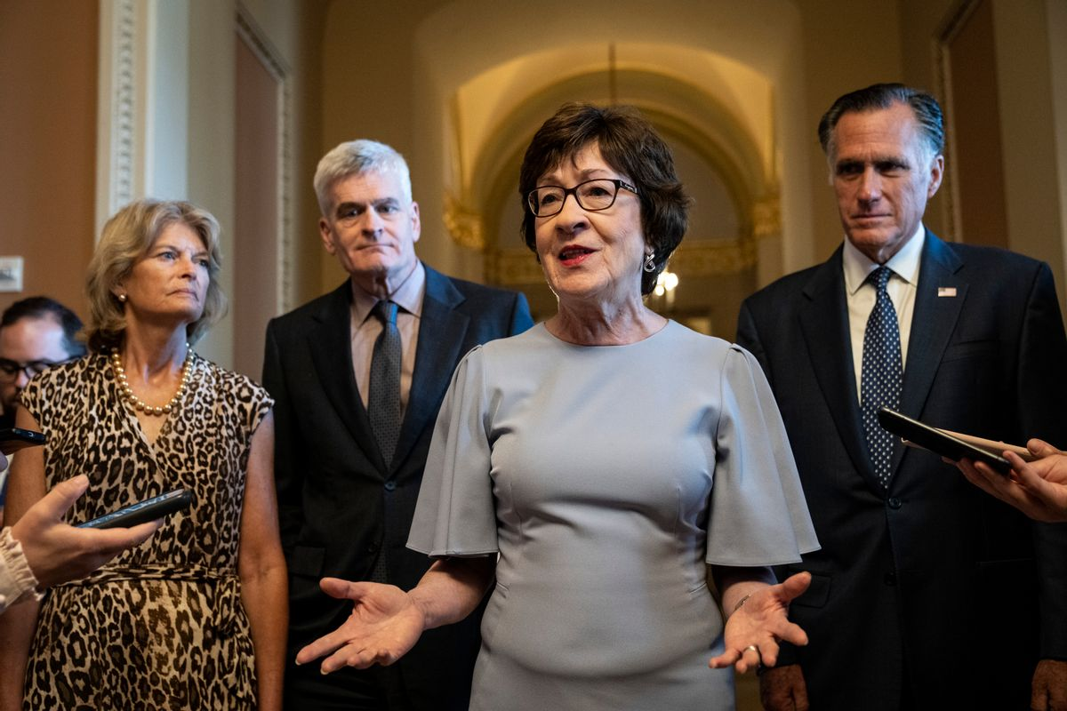 Sen. Susan Collins, center (Drew Angerer/Getty Images)