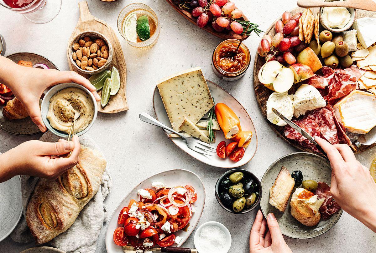 Fresh Mediterranean platter on a table (Getty Images/Alvarez)