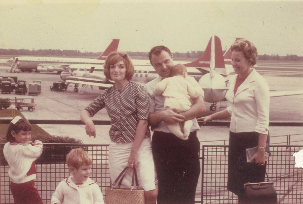 Shapiro Family at the airport (Photo provided by Susan Shapiro)