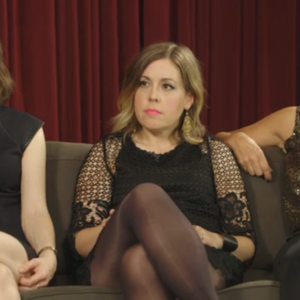 "Sleater-Kinney hilariously schools ""SNL's"" Vanessa Bayer on feminism"