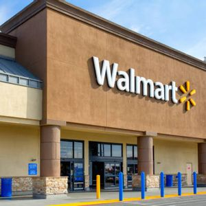Walmart taps VR to train its employees