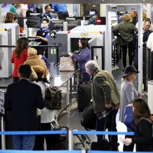 """Trump administration orders TSA officials to not make """"details"""" about shutdown problems public"""