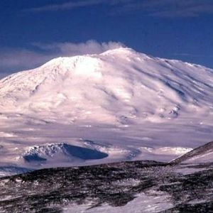 Scientists: Let's spray tons of snow on Antarctica?
