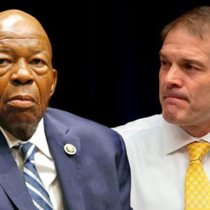 "Mark Meadows called out for not defending ""dear friend"" Elijah Cummings"