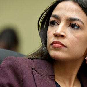 """AOC calls on Pelosi to abandon """"measured approach"""" to impeachment"""