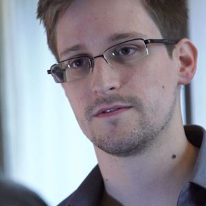 Snowden and activists claim Assange's arrest threatens press freedom