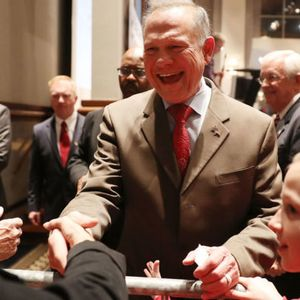 Ready for Roy Moore's comeback? Alabama Republicans still love the guy