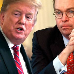 Trump stops TV interview to berate White House Chief of Staff for coughing
