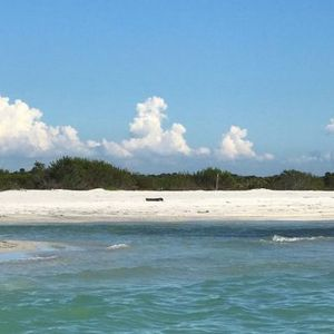 We fell for the beachy old Florida charms of Barrier Islands