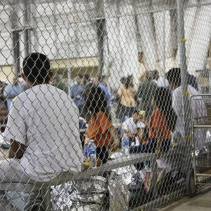Trump moves to end asylum protections for most Central American migrants at US-Mexico border