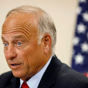 Steve King demands an apology from the GOP and the media after his controversial remarks about rape