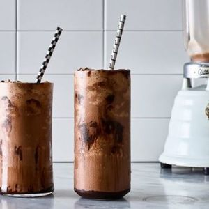 How to make a milkshake with any ice cream, any toppings, any time
