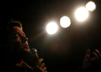 US Democratic presidential candidate and former Senator John Edwards speaks at a town hall meeting during a campaign stop in Conway